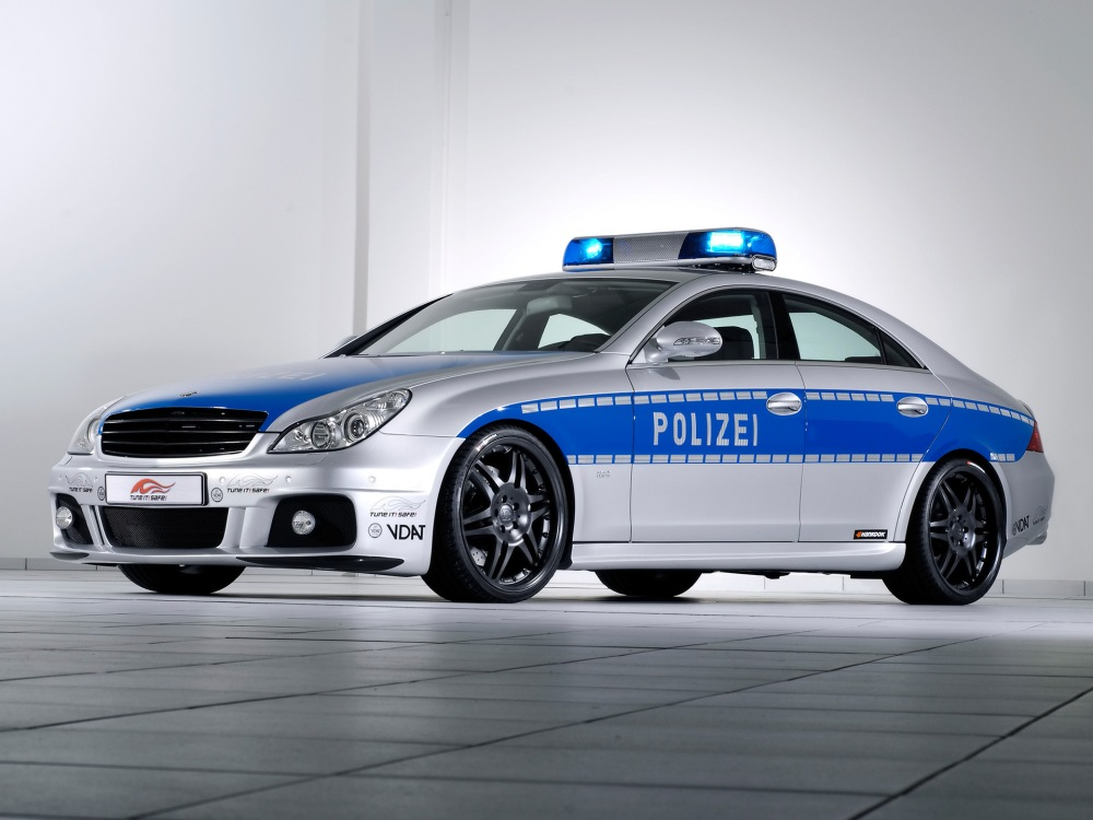 2006-Brabus-Rocket-Police-Car-based-on-Mercedes-Benz-CLS-Front-And-Side-1920x1440